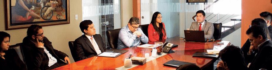 Experiencia En La Firma Caro & Asociados – Entrevista Sebastián Tipán